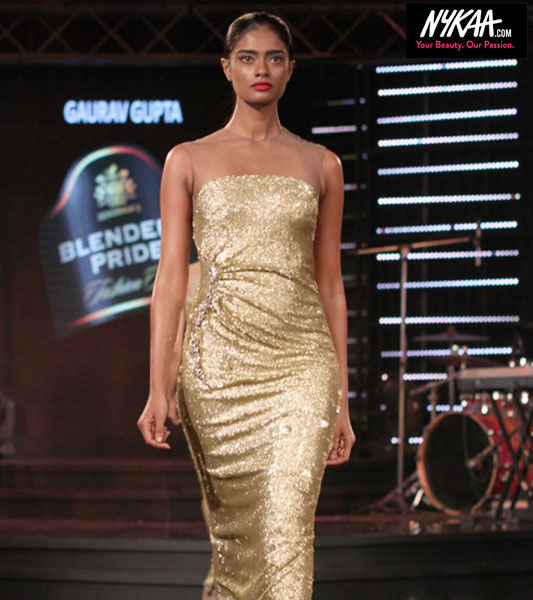 Arrive in style at the Blenders Pride Fashion Tour| 11