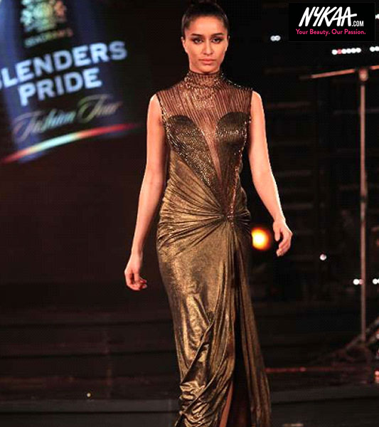 Arrive in style at the Blenders Pride Fashion Tour| 10