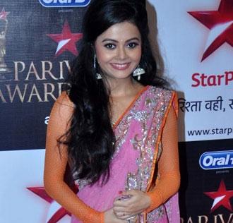 Red carpet moments at the Star Parivar awards| 3