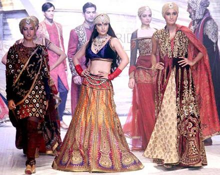 Indian Bridal Fashion Forward| 2