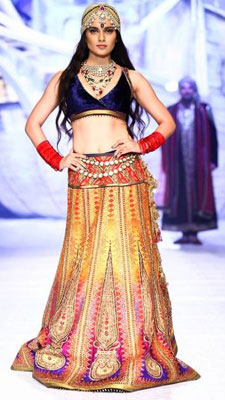 Bridal finery, Bollywood style| 9