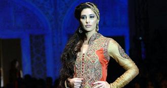 Bridal finery, Bollywood style| 5