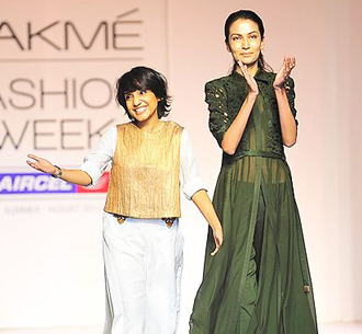 Outstanding looks from Lakme Fashion Week – Day 3| 1