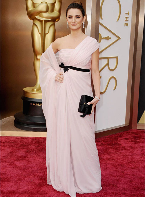 On the red carpet at the Oscars| 20