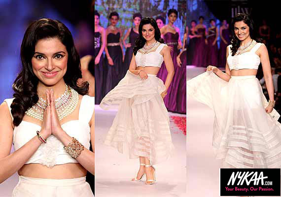 Razzle dazzle jewelry reigned at IIJW '14| 9