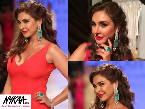 Razzle dazzle jewelry reigned at IIJW '14| 16