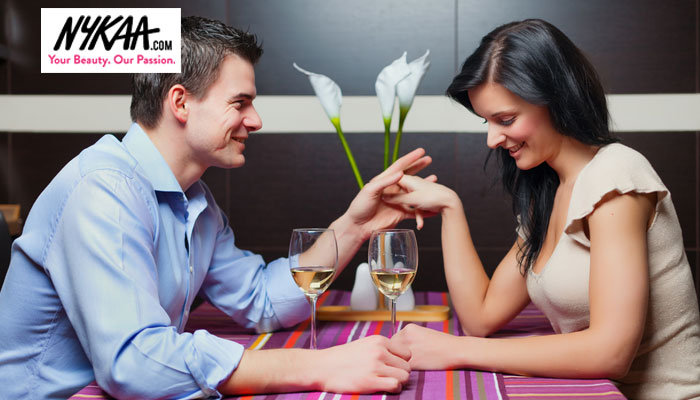 Seven ways to impress her on your first date
