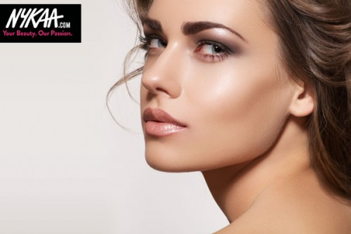Ankita's Tips To Master Dewy, Glowing Winter Makeup