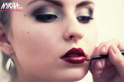 Beauty hacks from red lipstick fans!