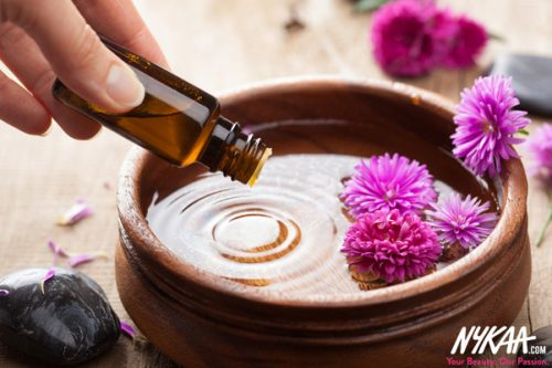 5 Best Essential Oils To De-Stress