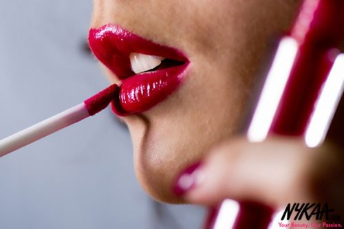 Your search for THE lip gloss ends here!