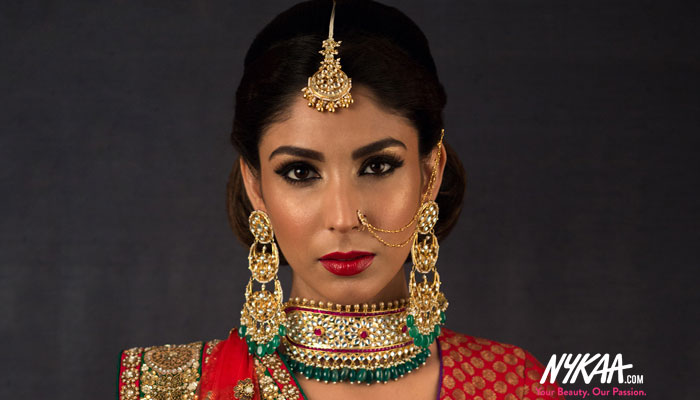Bharat Godambe shows you how to look like a Sabyasachi bride