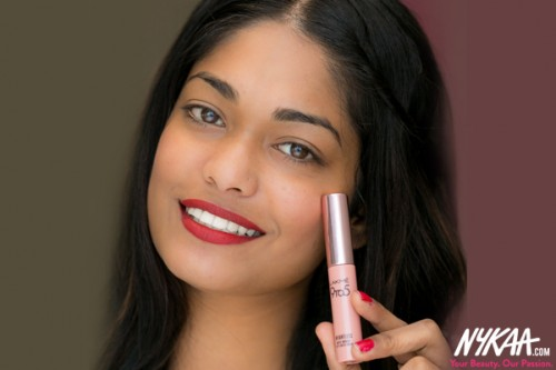 In Review: Lakme 9 to 5 Weightless Matte Mousse Lip & Cheek Color