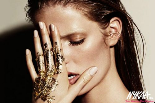 Get That Midas Touch With The Metallic Makeup Trend