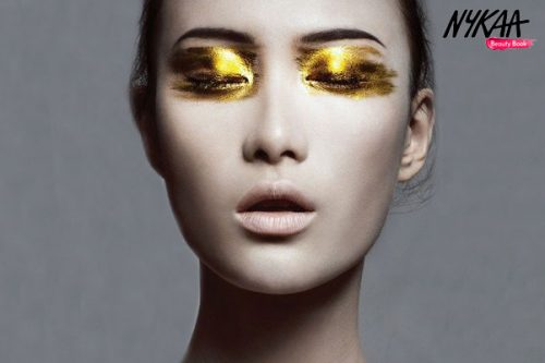 Amp up your glam with golden eyes