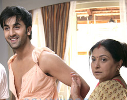11 On-Screen Bollywood Mom and Son Duos We Heart!| 8