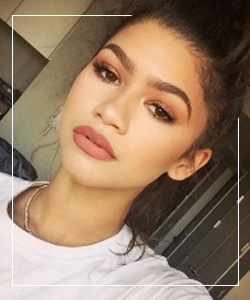 Lip Contouring: How to get bigger lips ASAP - 4