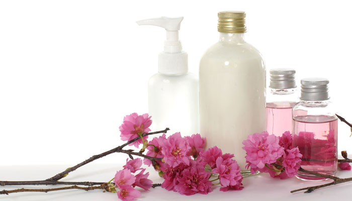 What should you use, body lotion or body oil?| 1