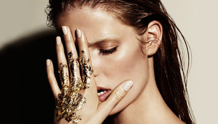 Metallic Makeup Trend - Metallic Face Makeup for the Midas Touch | Nykaa's Beauty Book 1