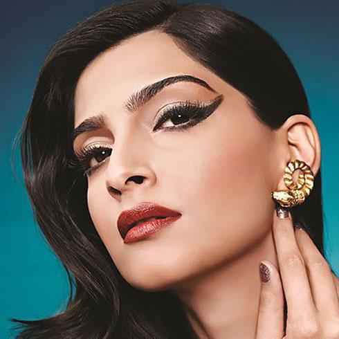 Sonam Inspired Bold Eyeliner Looks - 2