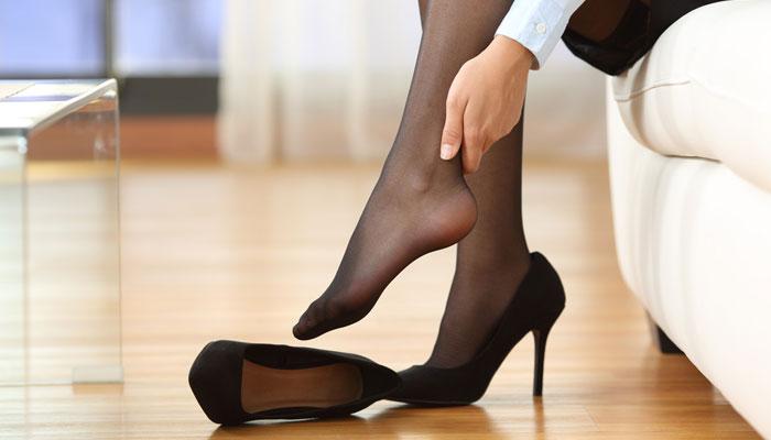 The Sisterhood of Pointed Heels - 1