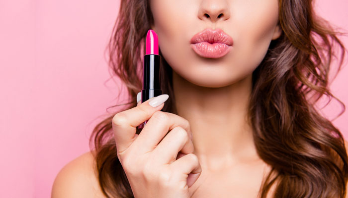Pucker Up: Easy Ways To Make Your Lips Look Bigger - 1