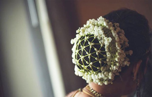 Thirty Floral Bridal Buns Were Swooning Over - 8
