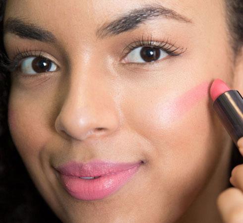Ten Clever Makeup Hacks For Beginners - 11
