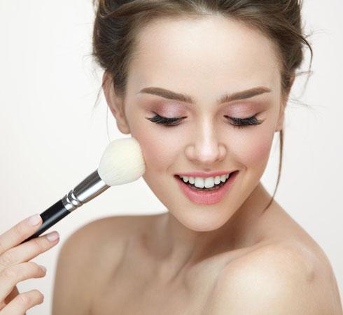 Ten Clever Makeup Hacks For Beginners - 4