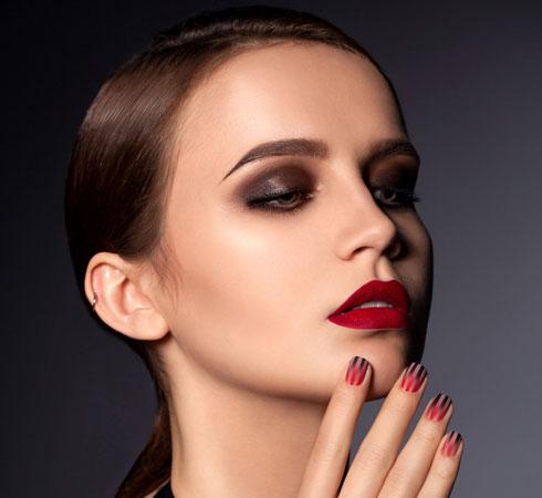 Ten Clever Makeup Hacks For Beginners - 7