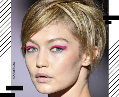 Funky, Coloured, Eyeshadows (And Looks) We're Loving| 2