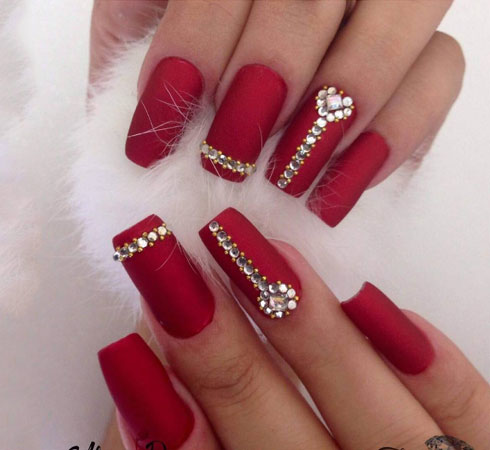 Bridal Nail Art-Bridal Nail Art Designs For Pretty Wedding Nails| Nykaa's Beauty Book 2