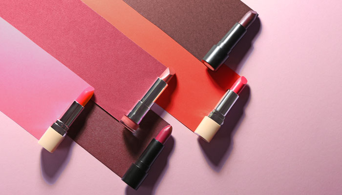 Types of lipstick finishes