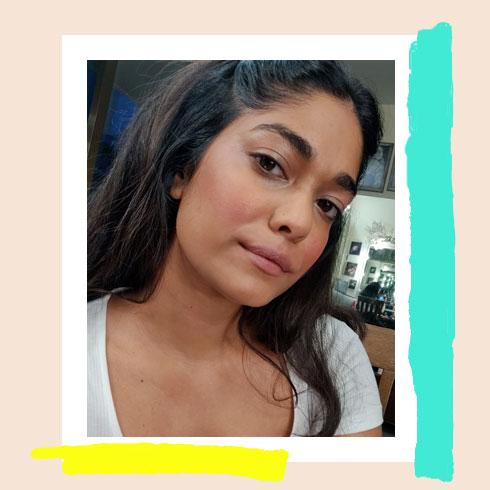 Bright Makeup Look – Salmon Cheeks