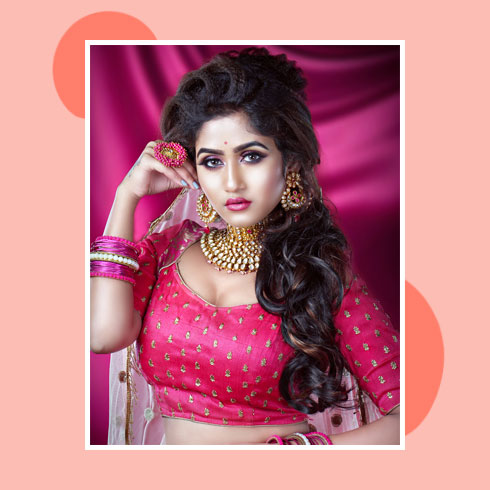 Reception Hairstyles for Lehenga – Bouffant With Side Swept Curls
