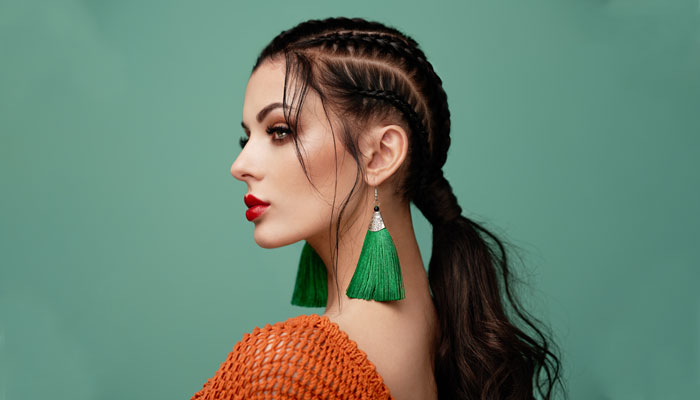 Chic Shoulder Length Hairstyles For Women Girls Nykaa S Beauty Book