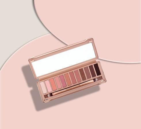 Best Eyeshadow Palettes: Colorbar Nude 12 Eyeshadow Palette