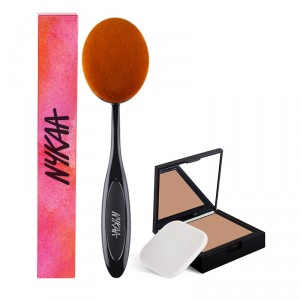 Buy Nykaa SKINgenius Skin Perfecting & Hydrating Compact Cosy Chestnut 04 +  BlendMaster Powder Oval Brush - Nykaa