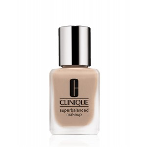 Buy Clinique Superbalanced Makeup - Vanilla - Nykaa