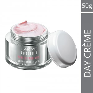 Buy Lakme Perfect Radiance Fairness Day Creme (50gm) - Nykaa