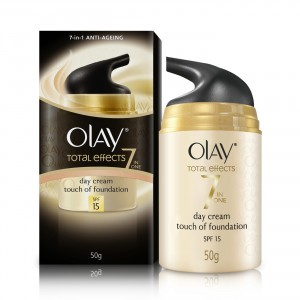 Buy Olay Total Effects 7 In One Anti-Ageing Day Skin Cream Touch Of Foundation SPF 15 - Nykaa