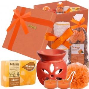 Buy BodyHerbals Energising Orange Essentials Spa Gift Hamper - Nykaa