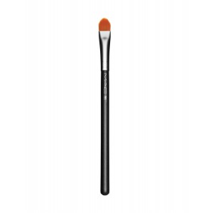 Buy M.A.C Concealer Brush - 195 - Nykaa