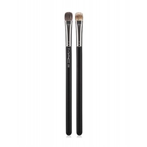 Buy M.A.C Split Fibre Eye Shadow Brush - 233 - Nykaa