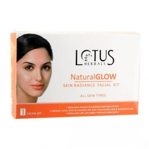 Buy Lotus Herbals Natural Glow Skin Radiance 1 Facial Kit (Save Rs.50) - Nykaa