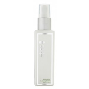 Buy Votre White Essence Brightening Cleansor - Nykaa