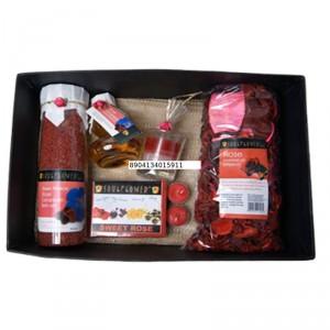 Buy Soulflower Festive Romantic Rose Wedding Hamper Set - Nykaa