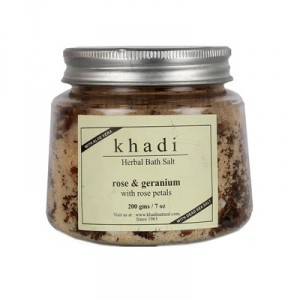 Buy Khadi Herbal Rose Geranium With Rose Petals Bath Salt - Nykaa