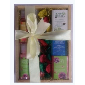 Buy Herbal Nyassa Wooden Box Gift Set - Nykaa