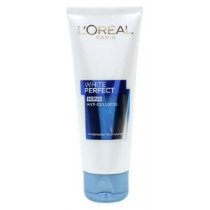 Buy L'Oreal Paris White Perfect Scrub - Nykaa